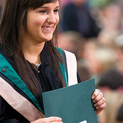Photo of a graduate - Universities Canada
